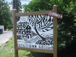 Tuthilltown-sign