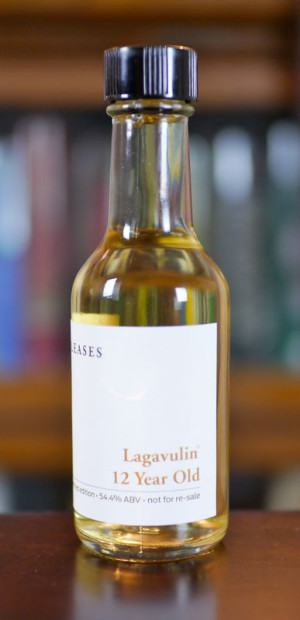 Lagavulin-12-Year-2014-Limited-Edition