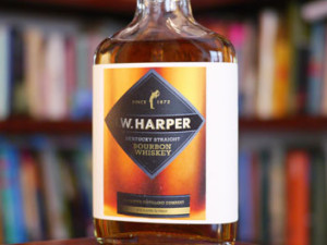 IW-Harper-Kentucky-Straight-Bourbon-Whiskey-featured