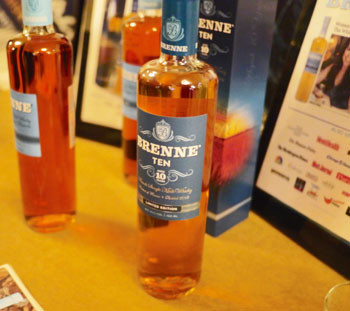 Brenne-10-at-the-2015-Extravaganza
