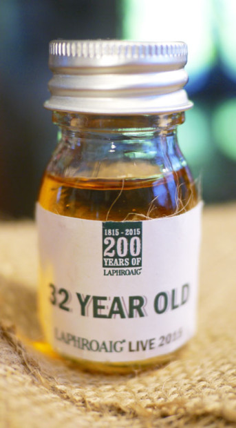 Laphroaig-32-Year-Old-Limited-Edition