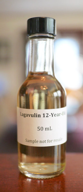 Lagavulin-12-Year-2015-Limited-Edition